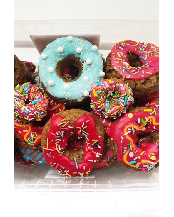 Donuty pączki z posypką Horse Bakery